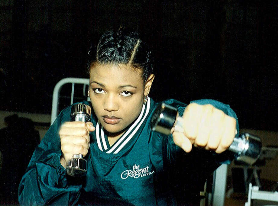 Freeda Foreman, daughter of two-time heavyweight champion George Foreman, trains for her debut fight in the Aquae Sulis Spa at The Regent Las Vegas on Thursday, March 30, 2000.  Photo: PRNewsFoto