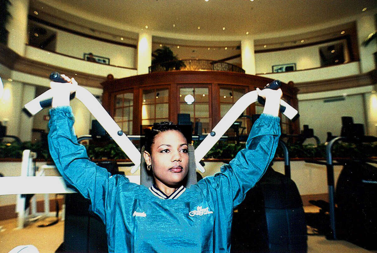 Freeda Foreman, daughter of two-time heavyweight champion George Foreman, trains for her debut fight in the Aquae Sulis Spa at The Regent Las Vegas on Thursday, March 30, 2000.