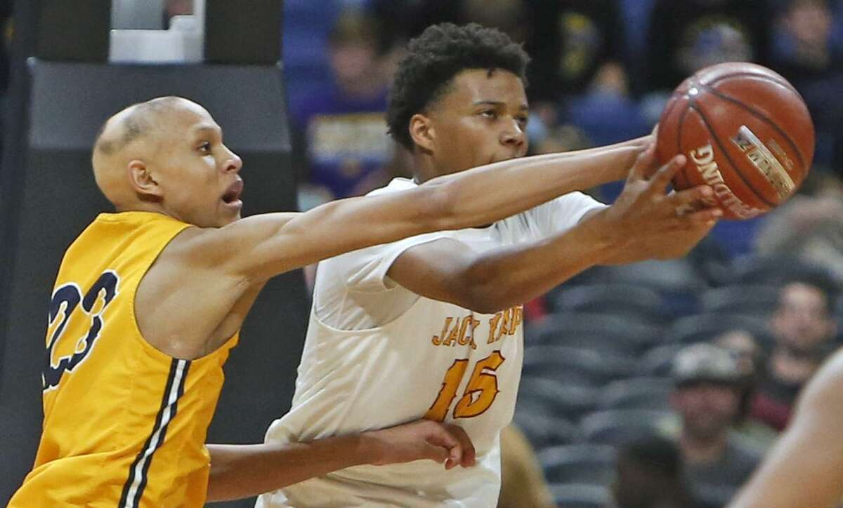 UIL boys basketball 4A State semi-final between Houston Yates and Oak Cliff on Friday, March 8, 2019 at the Alamodome in San Antonio, Texas. (Ron Cortes/ Special Contributor)