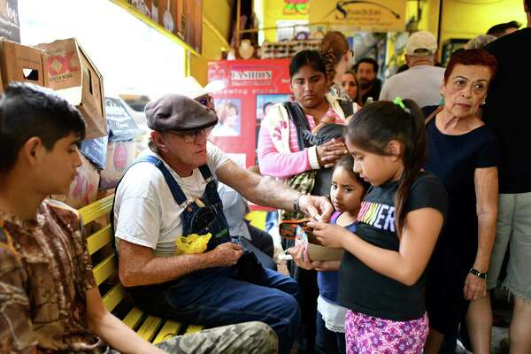 Amid the violence of northern Mexico, an oasis of dental work