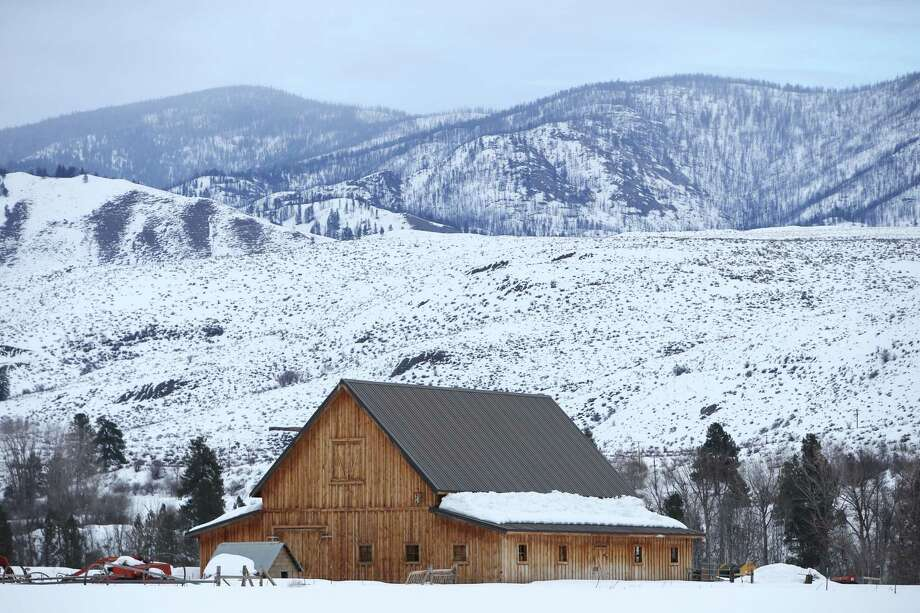 A snow covered barn near Winthrop. Photo: Genna Martin / seattlepi.com