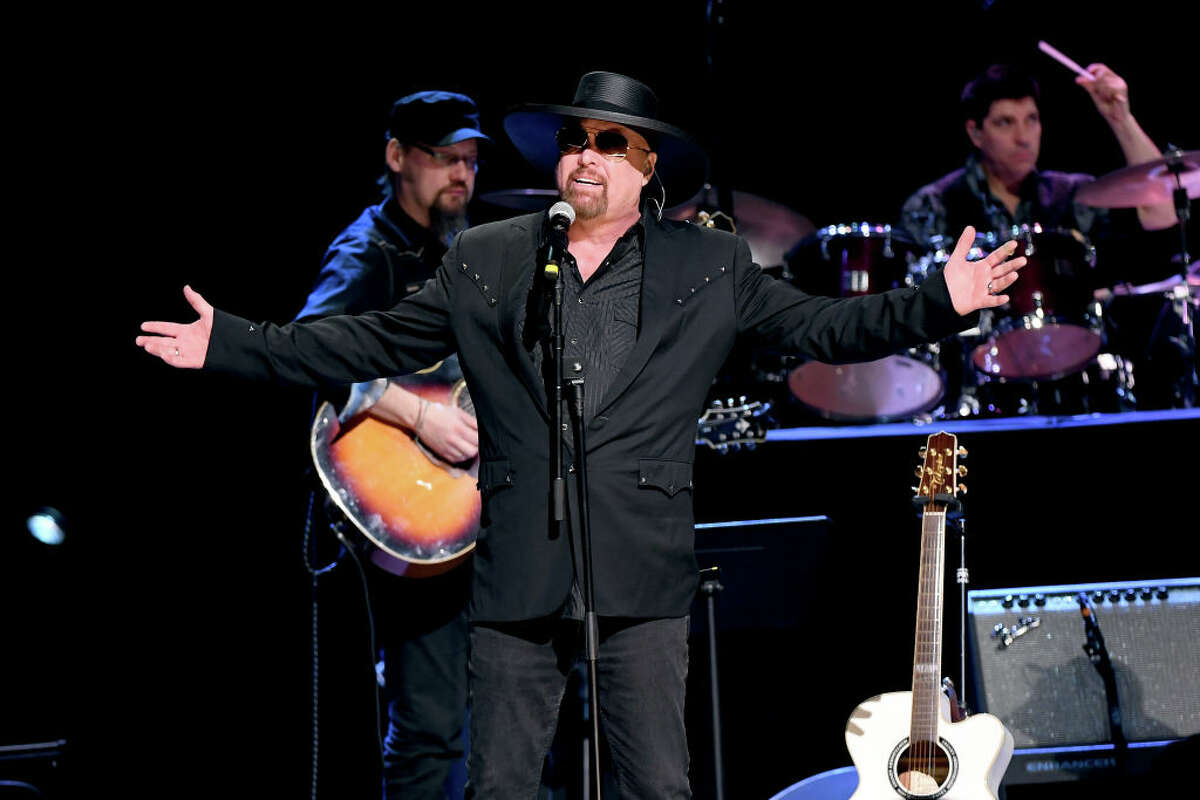 NASHVILLE, TN - JANUARY 09: Eddie Montgomery performs onstage during C'Ya on The Flipside benefit concert, benefitting The Troy Gentry Foundation at The Grand Ole Opry on January 9, 2019 in Nashville, Tennessee. (Photo by Jason Kempin/Getty Images)