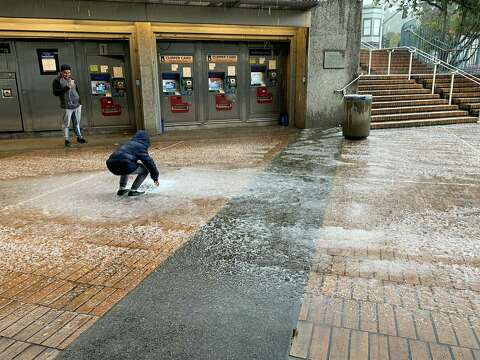 Hail, lightning and thunder reported in SF, Oakland - SFGate