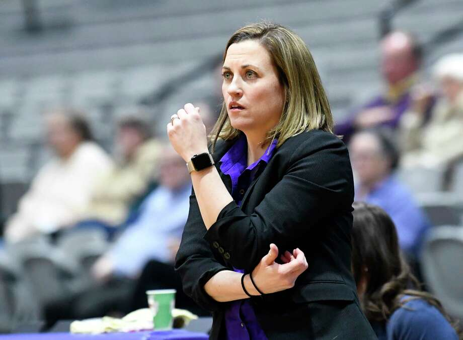 University at Albany head coach Colleen Mullen instructs her players against Stony Brook during the first half of an NCAA college basketball game Wednesday, Feb. 20, 2019, in Albany, N.Y. (Hans Pennink / Special to the Times Union) Photo: Hans Pennink / Hans Pennink