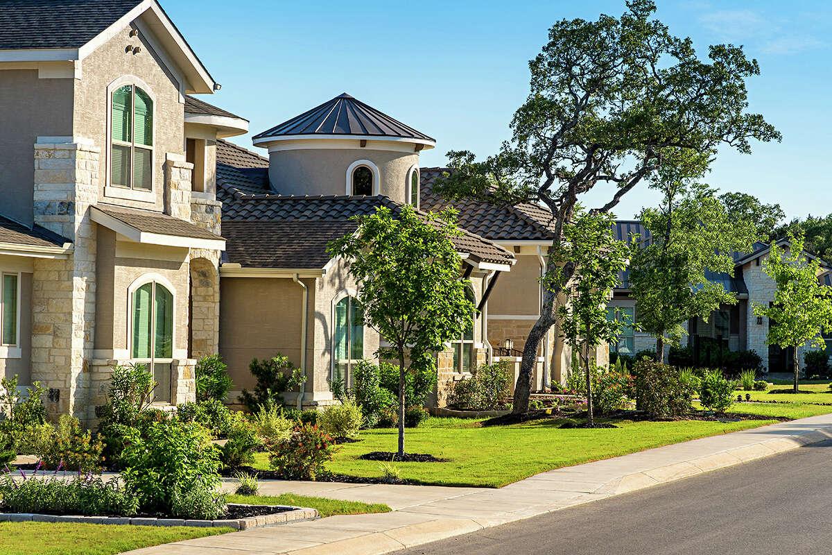 Shavano Highlands : 17529 Shavano Ranch Road, San Antonio, TX 78257