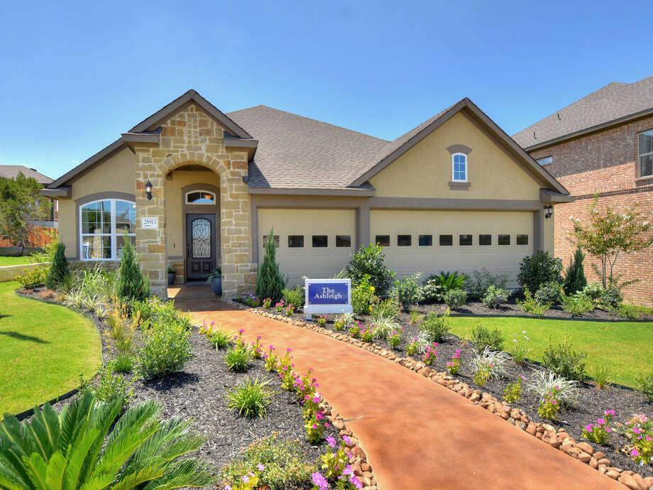 Builder: David Weekley homes Address: 17727 Horseman, San Antonio, TX 78257 Price: $720,000 Photo: David Weekley Homes