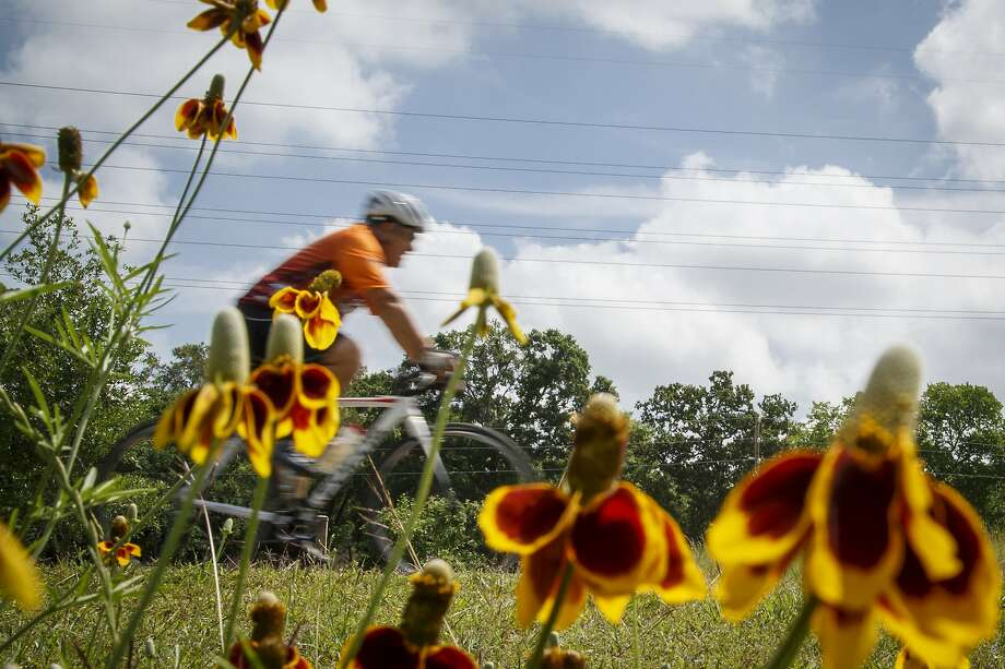 In total, the alliance plans to add 7.5 to 10 miles of biking trails at Big Spring State Park.  Photo: Michael Paulsen, Houston Chronicle