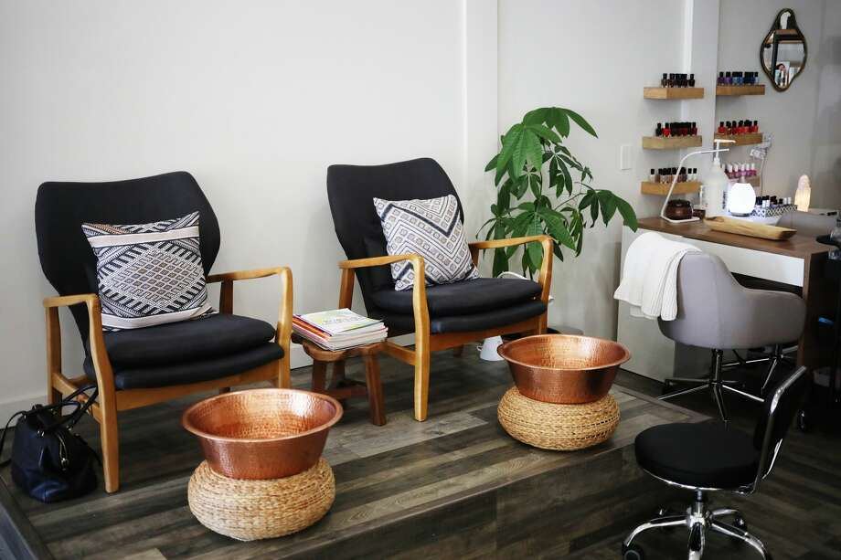Swae' is a wellness spa located 307 E. Main Street in downtown Midland. (Katy Kildee/kkildee@mdn.net) Photo: (Katy Kildee/kkildee@mdn.net)