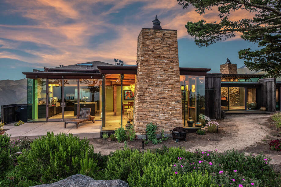 Only 10 miles south of Carmel, Calif. on the craggy Big Sur coastline, a home designed by Micky Muennig of Post Ranch Inn Fame is listed for $7.73 million. Photo: Ron Bird