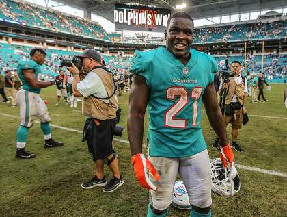 8a147829 Gore, 35, still going: 49ers' rushing leader to sign with Bills ...