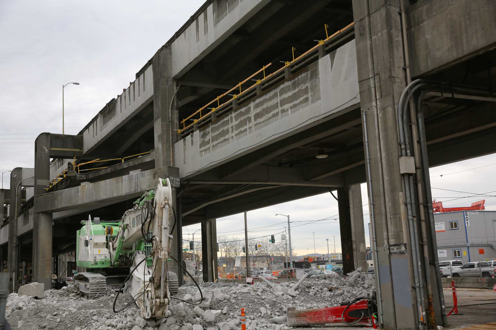 Time-lapse video shows first weeks of Alaskan Way Viaduct demolition