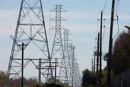 CenterPoint Energy said it has reached a deal with regulatory staff, large power users and a coalition of cities that would allow the utlilty to raise rates.