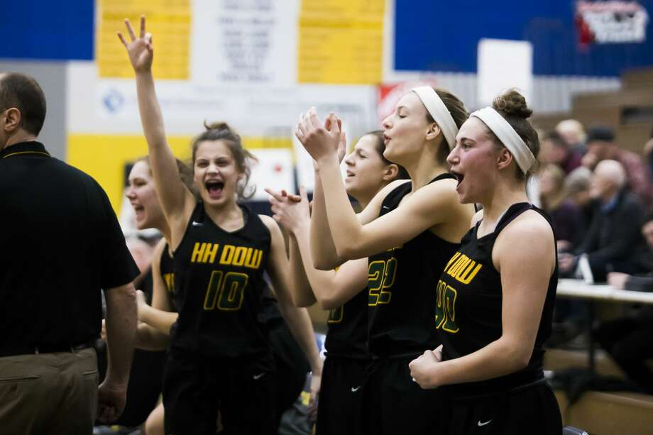 Dow players cheer from the sidelines during the Chargers' Division 1 regional semifinal victory over Marquette on Monday, March 11, 2019 at Gaylord High School. (Katy Kildee/kkildee@mdn.net) Photo: (Katy Kildee/kkildee@mdn.net)