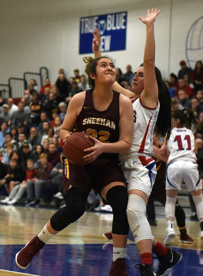Liv Robles (22) and the Sheehan girls basketball team will face off against Cromwell int he Class M championship game on Sunday. Photo: Dave Stewart / Hearst Connecticut Media / Hearst Connecticut Media