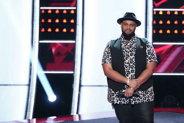 Shawn Sounds is a Houston-area teacher who turned four chairs on 'The Voice.'