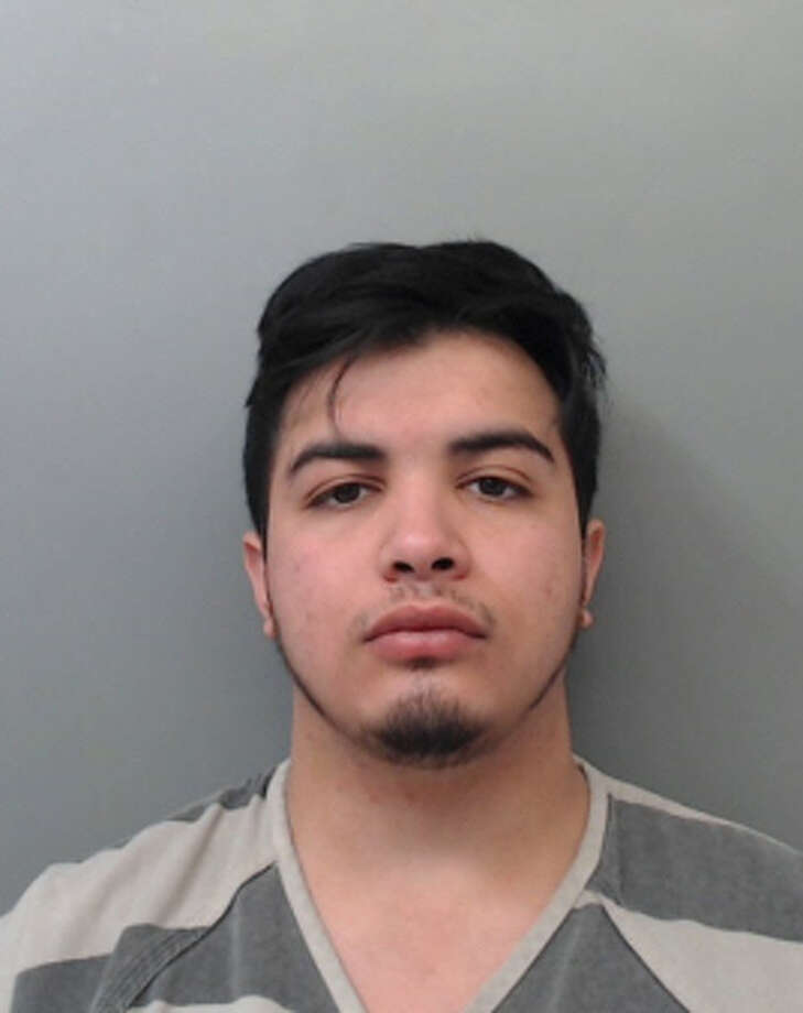 Rafael Gilberto Gonzalez, 21, was charged with theft. Photo: Webb County Sheriff's Office
