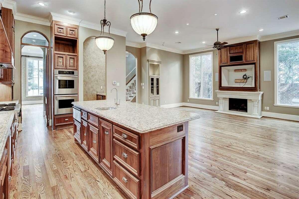 10. 2403 Pelham Drive, HoustonHouse sold: $1.9 million - $2.2 million5,145 square feetJohn Daugherty, REALTORS - Laura Sweeney