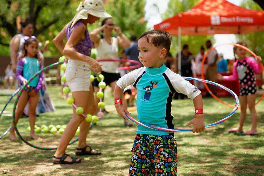 Throughout Spring Break, Levy Park is hosting an extended schedule of daily activities for families to enjoy. Photo: Jay Ford / Jay Ford