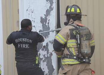 Arson investigators working to determine what sparked fire ...