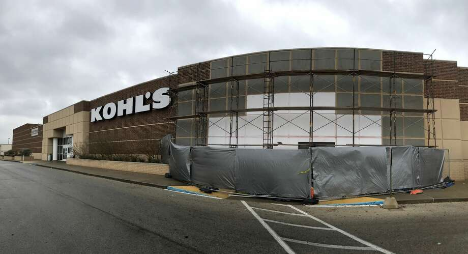 The approval will pave the way for Crunch Fitness to take over about 35,000 square feet that was once part of the Kohl's department store. The new fitness center will be owned by Brian Hibbard and John Armatas and expected to open later this year. Photo: James Durbin / Midland Reporter-Telegram