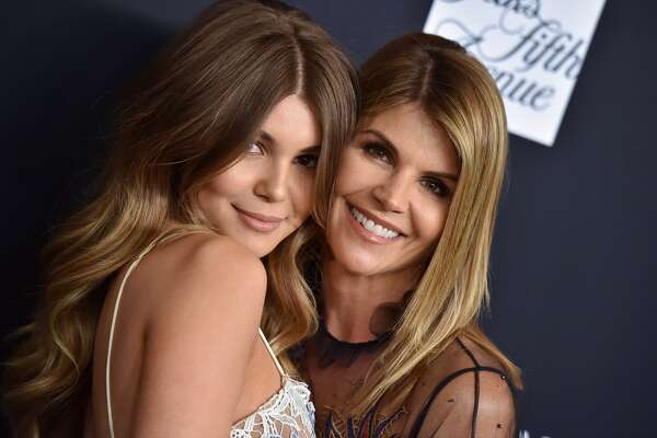 Actress Lori Loughlin and daughter Olivia Jade Giannulli attend Women's Cancer Research Fund's An Unforgettable Evening Benefit Gala at the Beverly Wilshire Four Seasons Hotel on February 27, 2018 in Beverly Hills.