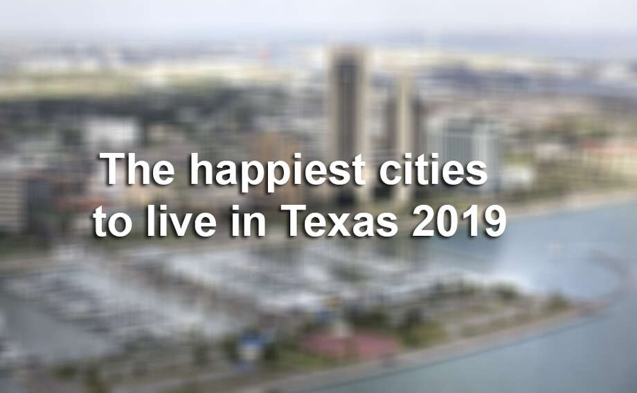 Keep scrolling to see where to live in Texas to lead a happy life. Photo: Photo: Bob Owen/San Antonio Express-News