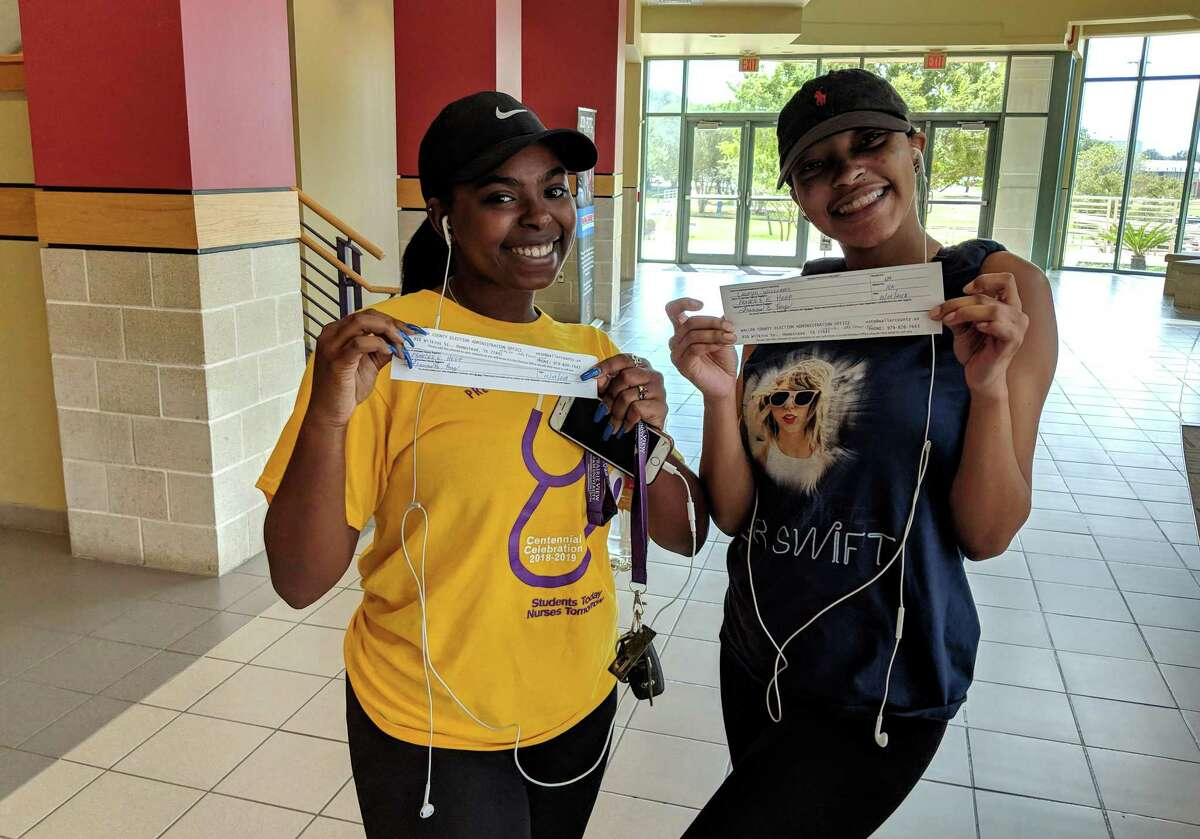 Prairie View A&M University students register to vote on Tuesday, Oct. 9, 2018.