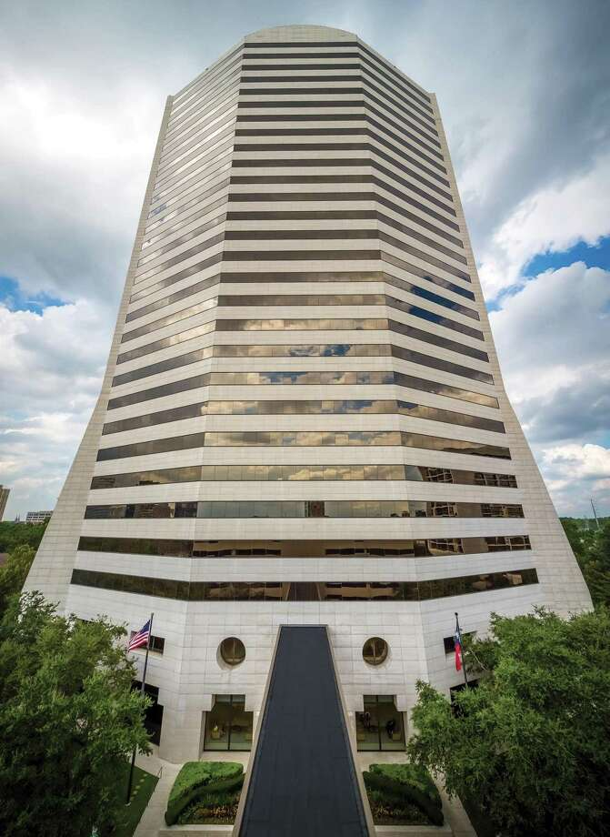 Colvill Office Properties completed 117,000 square feet of lease deals at Five Post Oak Park, a 28-story office tower at 4400 Post Oak Parkway, in 2018. The deals follow a renovation of the 567,000-square-foot building by owner and manager Shorenstein Properties in 2017. Photo: Colvill Office Properties / Slyworks Photography