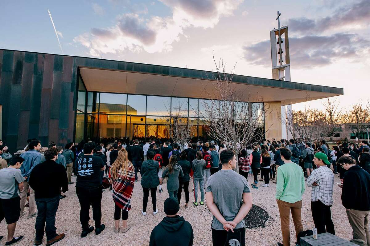 The Sacred Heart University celebrated Mass in the Chapel of the Holy Spirit in memory of student Caitlin Nelson who died on April 2, 2017.