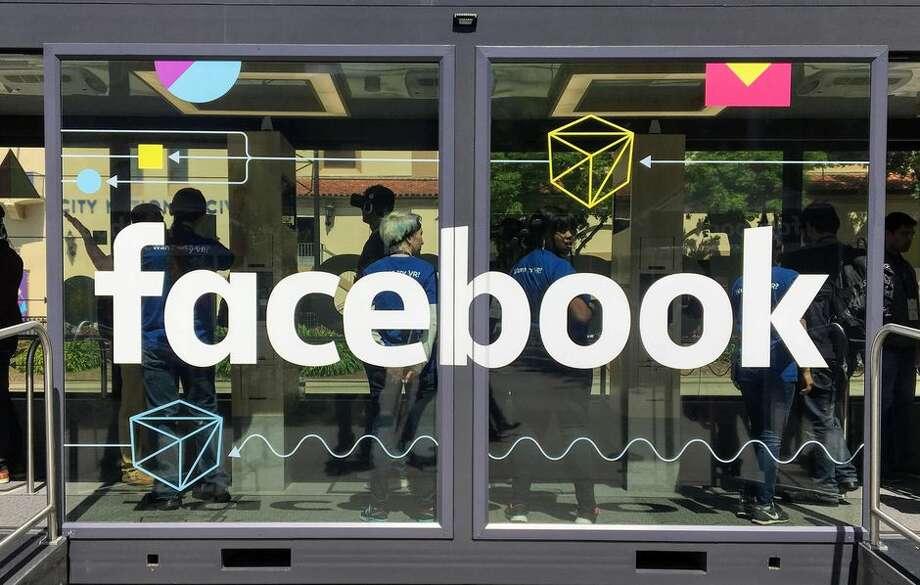 "Starbucks joins Facebook boycott, announces ""pause"" on advertisements over hate speech policies Photo: Claudia Cruz/CNET"