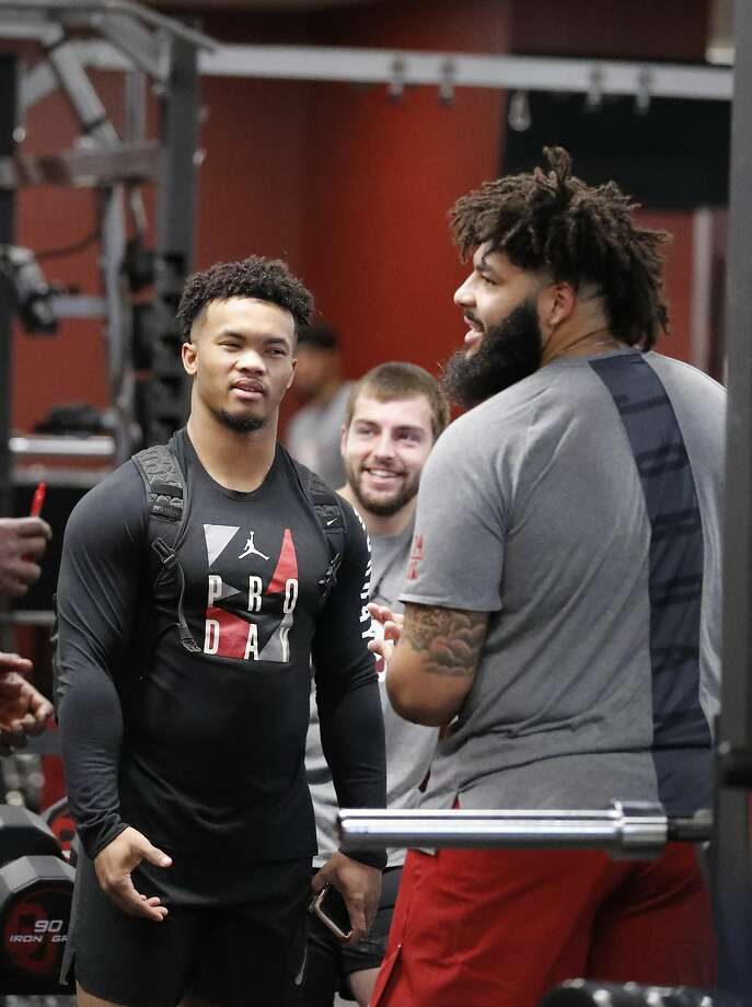 Oklahoma quarterback Kyler Murray (left) talks to offensive lineman Cody Ford before the start of drills at the Oklahoma NFL Pro Day in Norman, Okla., Wednesday, March 13, 2019. (AP Photo/Alonzo Adams) Photo: Alonzo Adams / Associated Press