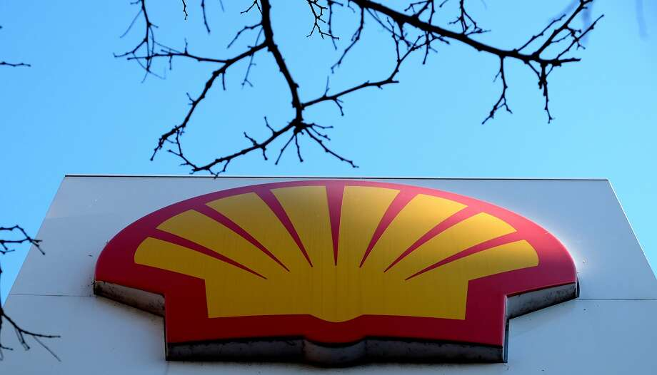 The Shell logo at a petrol station in London, Wednesday, Jan. 20, 2016.  Photo: Kirsty Wigglesworth, Associated Press