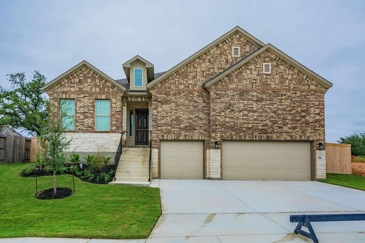Builder: M/I Homes Community: Fronterra at Westpointe Address: 2026 Sladen Hills, San Antonio TX 78253 Price: $399,990