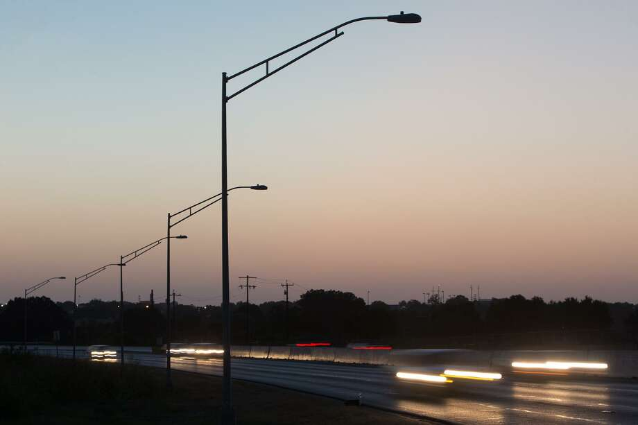 New street lights on SW Military Drive on Thursday, Aug. 6, 2015. MARVIN PFEIFFER/ mpfeiffer@express-news.net Photo: Marvin Pfeiffer / San Antonio Express-News / Express-News 2015
