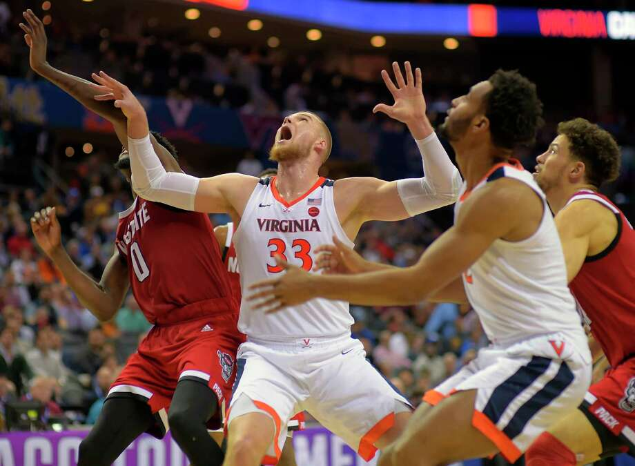 Jack Salt (33) scored 18 points for Virginia in the 76-56 victory over N.C. State on Thursday at Spectrum Center in Charlotte, N.C. Photo: Washington Post Photo By John McDonnell / The Washington Post