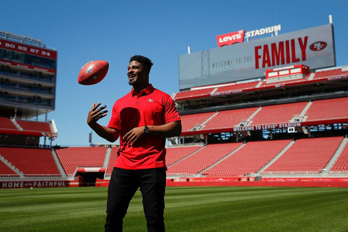 Free agent Dee Ford poses for a portrait after signing with the 49ers at Levi's Stadium on Thursday, March 14, 2019, in Santa Clara, Calif.
