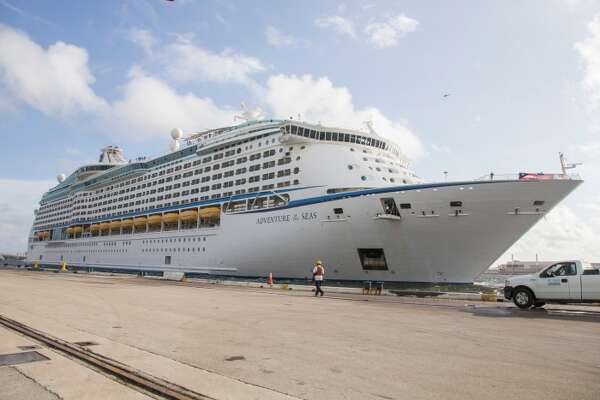 Cruise From Galveston 2020.Royal Caribbean Announces 2020 2021 Schedule New Perks On