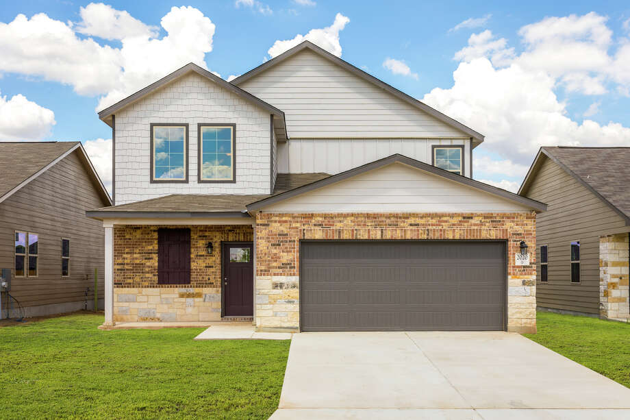 Builder: Horizon View Homes  Community:Texas Research Park Address:2020 Atticus Drive, San Antonio, Texas 78245  Price:$256,280  Photo: Horizon View Homes