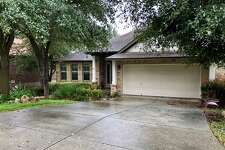 1414 Camden Cove Rent: $1,870 Neighborhood: Stone Oak Details: 3 bedrooms, 2 full bath, 1,928 sq. ft.