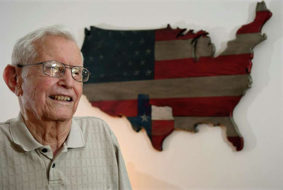 William Fly is a WWII veteran and a resident of Houston. Photo: Jerry Baker, Houston Chronicle / Contributor / Houston Chronicle