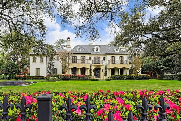 Neighborhood: River Oaks2320 River Oaks Boulevard$8.3 million 7 bedrooms, 7 & 5 half bathrooms11,298 square feet