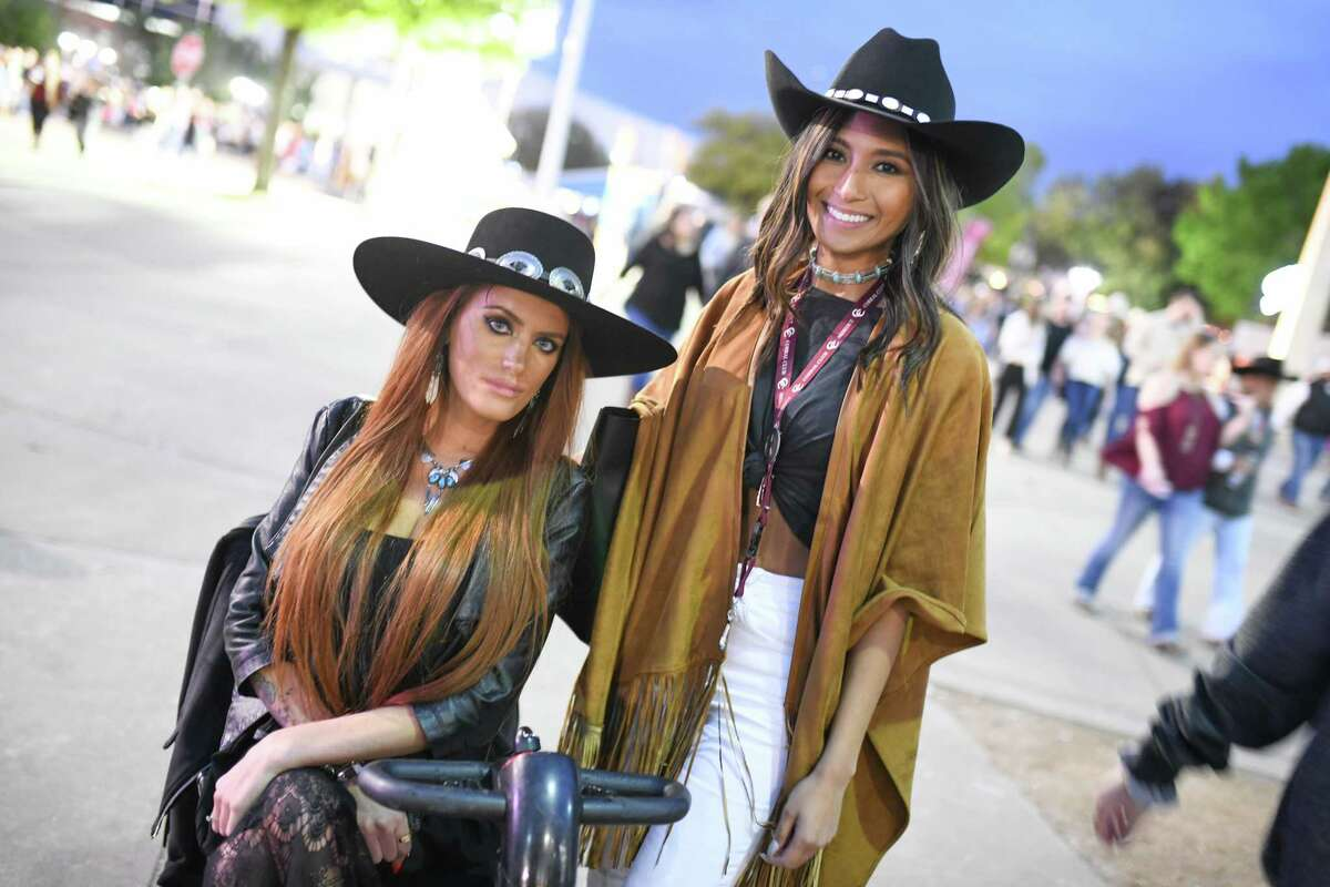 >>>See what some of the stylish concert goers are wearing at the rodeo this year in the photos that follow...