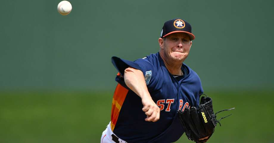 Astros' Brad Peacock solid in outing vs. Phillies