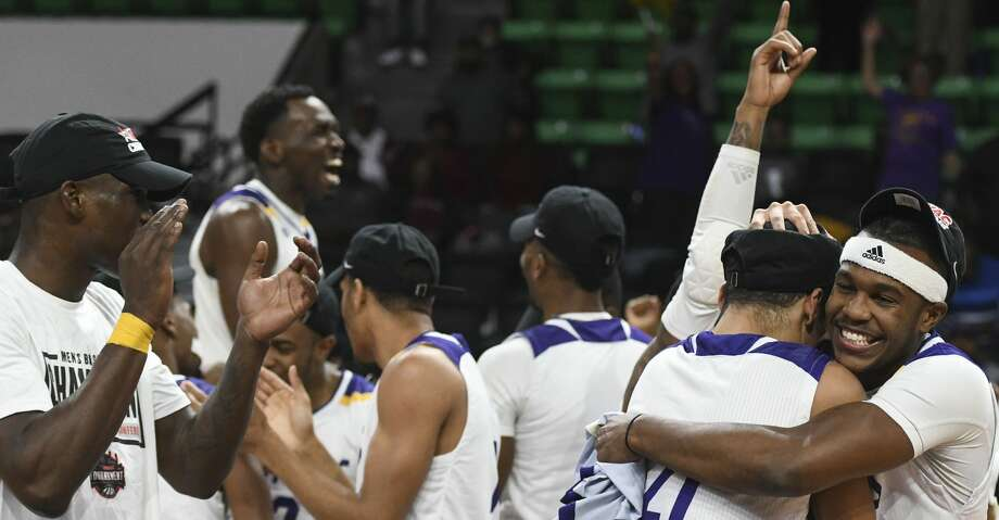 Prairie View A&M celebrates their 92-86 win over Texas Southern to take the SWAC NCAA college basketball championship Saturday, March 16, 2019, in Birmingham, Ala. (AP Photo/Julie Bennett) Photo: Julie Bennett/Associated Press
