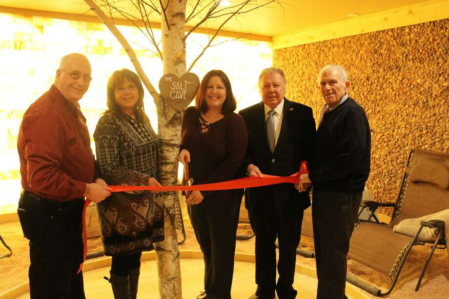 The Soulshine Salt Cavern held a ribbon cutting March 7 at 352 Main St., Durham. From left are Chamber Ambassador Lou Brockett, Durham First Selectwoman Laura Francis, Owner Lisa Radzunas, Chamber Chairman Jay Polke and President Larry McHugh. Photo: Contributed Photo