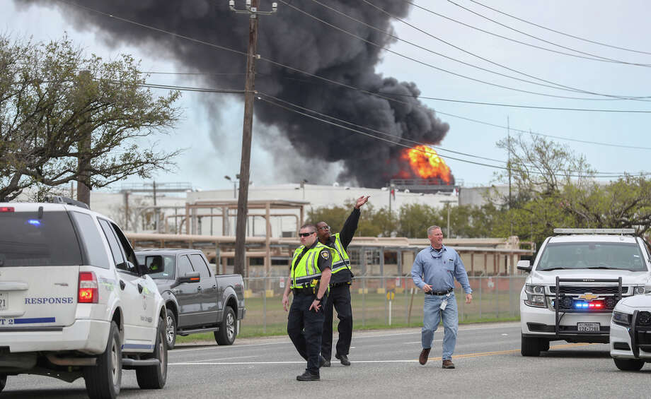 Deer Park petrochemical fire expected to last 'throughout the night