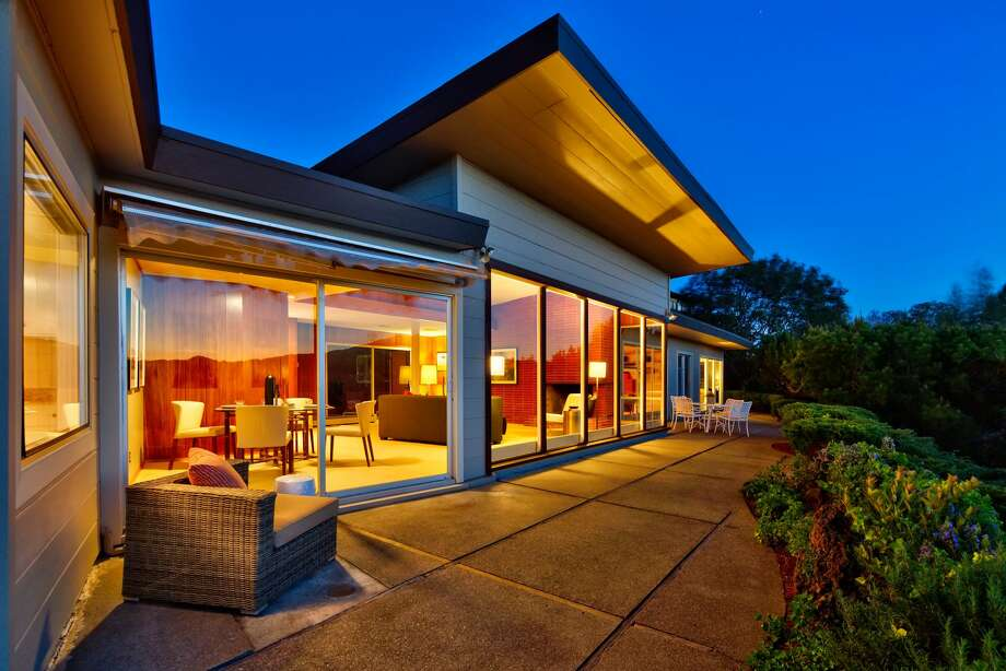 Looking very much as it must have when built in 1950, this San Rafael mid-century offers a commanding Mt. Tam view and a ton of history Photo: Circle Visions