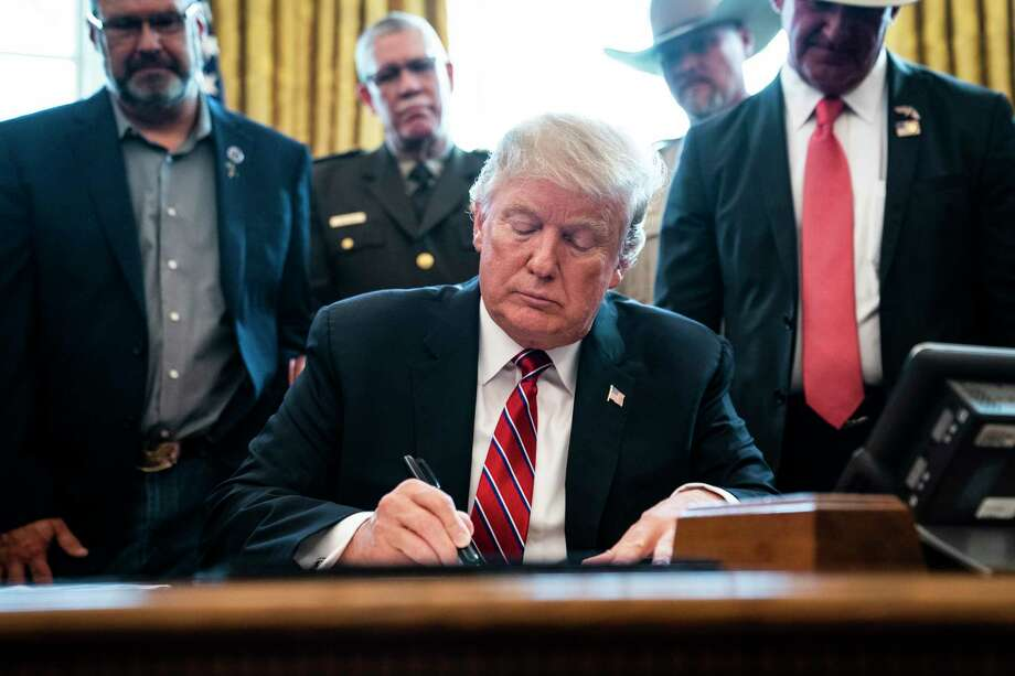 President Donald Trump vetoes a measure that would have revoked his national-emergency declaration on Friday, March 15, 2019. Photo: Washington Post Photo By Jabin Botsford. / The Washington Post