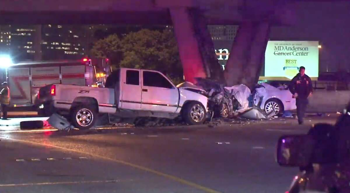 Police saya pickup showed signs of intoxication Monday morning after a deadly wrong-way crash just north of downtown Houston.