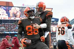 CLEVELAND, OH - DECEMBER 23:  Darren Fells #88 celebrates his touchdown with Baker Mayfield #6 of the Cleveland Browns during the second quarter against the Cincinnati Bengals at FirstEnergy Stadium on December 23, 2018 in Cleveland, Ohio. (Photo by Jason Miller/Getty Images)
